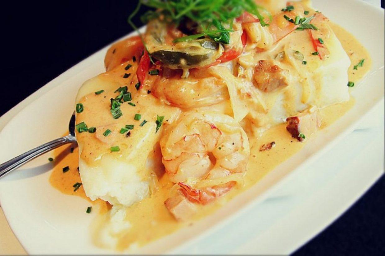Shrimp & Grits Family Meal